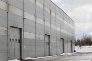 canstockphoto23922948 - Industrial Building